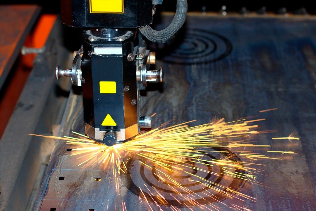 Precise cutting using an industrial laser
