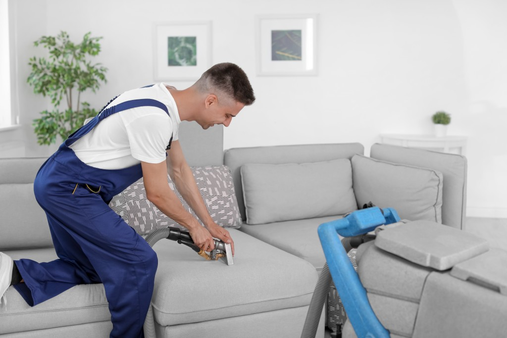 Hiring a professional cleaning service provider